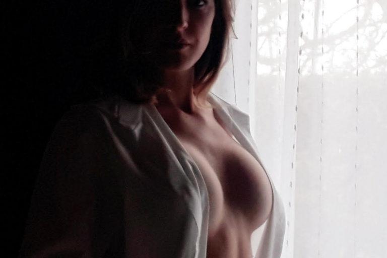 Une sexy live cam pénétrante et envoûtante avec Kalinouczka